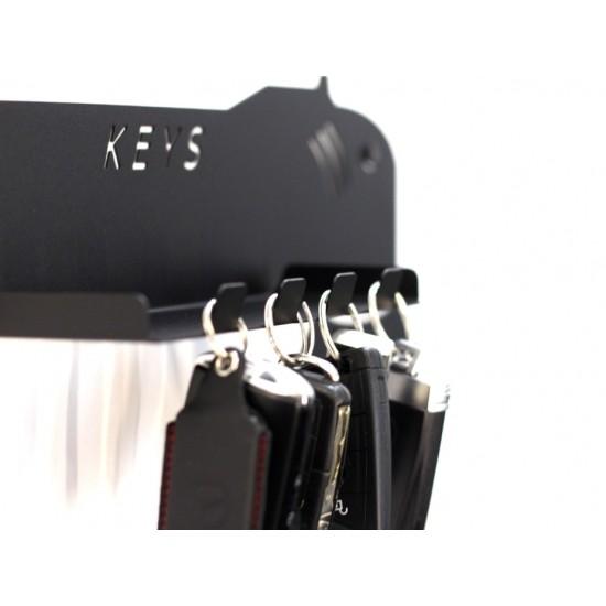 Закачалка за ключове с форма на полираща машина с допълнителен рафт