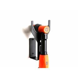Висококачествена закачалка за една полираща машина с удобен държач за кабел